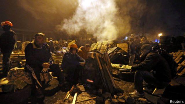 معترضان در میدان استقلال پایتخت اوکراین