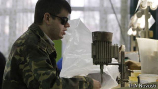 Официально в России признаны трудоспособными 2 млн инвалидов, но на деле их гораздо больше