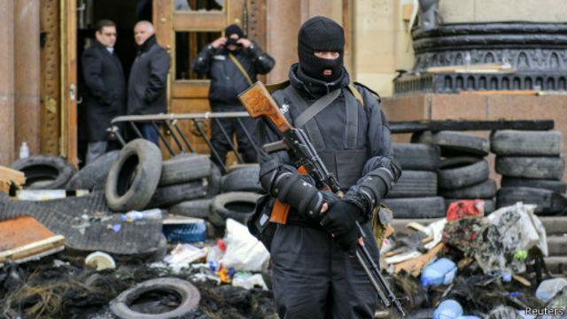 Спецназовец в центре Харькова