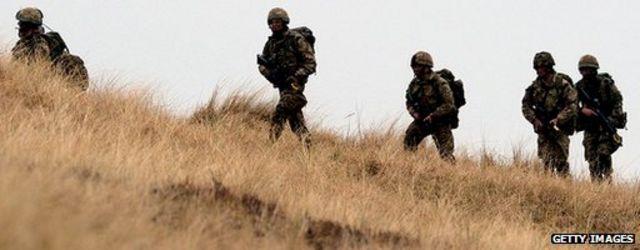 فيسبوك يحذف صفحة تحرض على قتل جنود