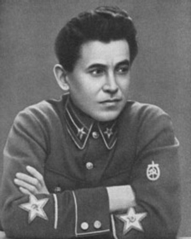 Николай Ежов (1937 г.)