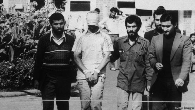 در جریان بحران گروگان گیری، ریچارد کاتم به خاطر دوستی نزدیک با صادق قطبزاده و اطلاعاتش از ایران برای واشنگتن مهمتر شد