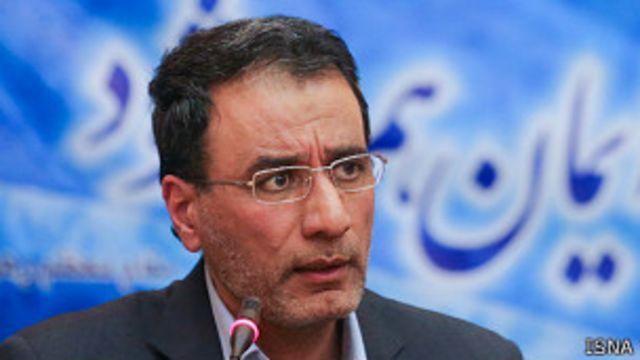 یکی از علت های اصلی مخالفان ادامه وزارت آقای فرجی دانا، افشای بورسیههای غیر مجاز در دولت محمود احمدی نژاد و برخورد با آن است