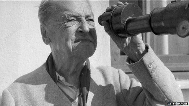 سامرست موآم در دهه ۱۹۳۰ پردرآمدترین نویسنده جهان بود.