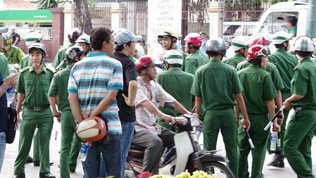 Chính quyền triển khai an ninh dày đặc ở Hà Nội và Sài Gòn vào ngày 18/5