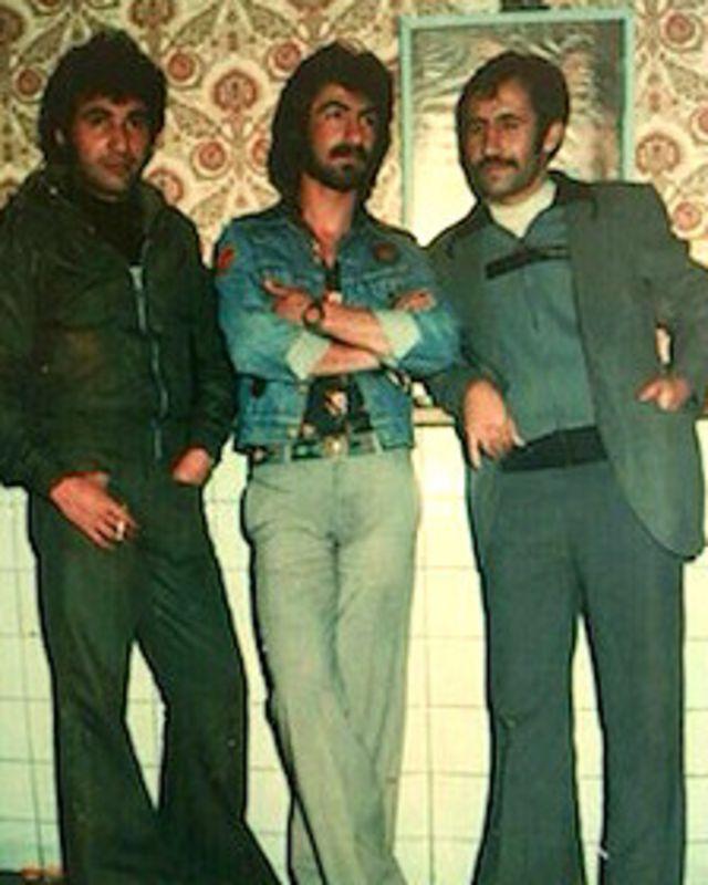 از چپ، عباس کمندی، نجم الدین غلامی و جلال ملکشاه
