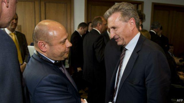 Министр энергетики Украины Юрий Продан и комиссар ЕС Гюнтер Эттингер