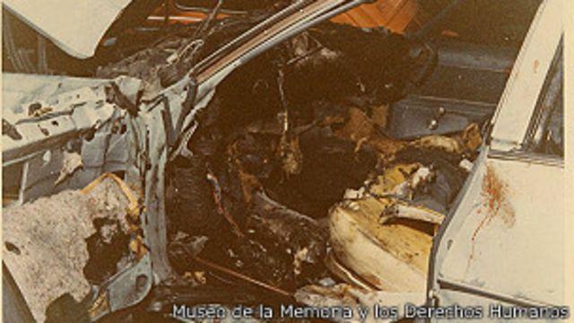 Así quedó el carro de Letelier tras la explosión en Washington