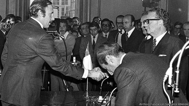 Letelier en 1973. Cortesía Archivo Fundación Salvador Allende
