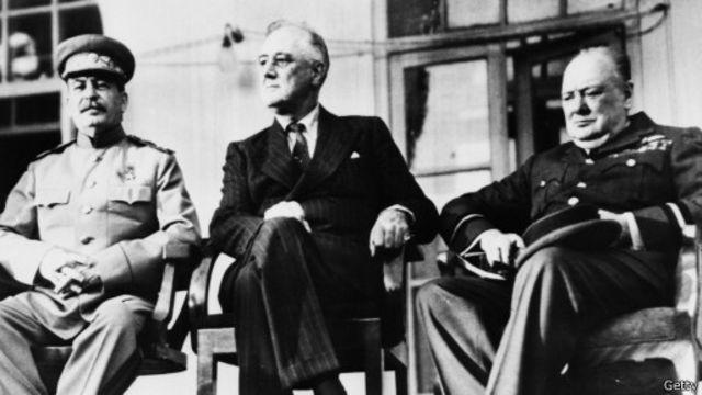 """""""Большая тройка"""" в Тегеране в 1943 г."""