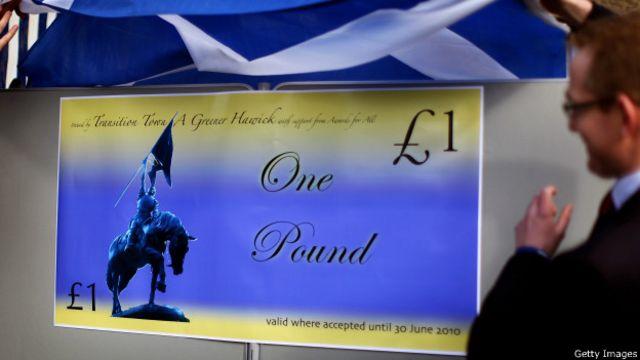 Местные деньги в шотландском городе Хэвик