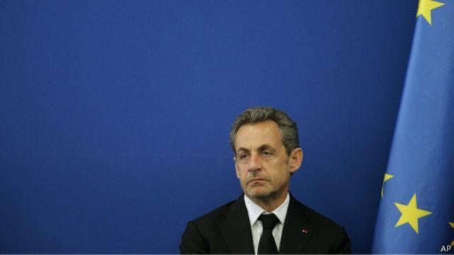 أعلن ساركوزي عودته للحياة السياسية في لقاء تلفزيوني الأحد الماضي