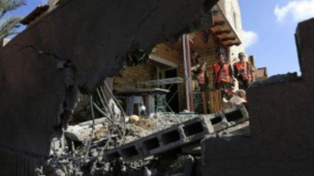 راکت های حماس در بخش های جنوبی اسرائیل خسارت هایی به بار آورده است