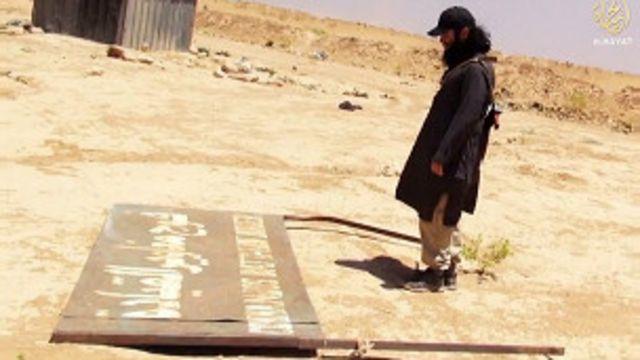 Según el video, Bastián está peleando la guerra santa -yihad- en la frontera de Irak y Siria.