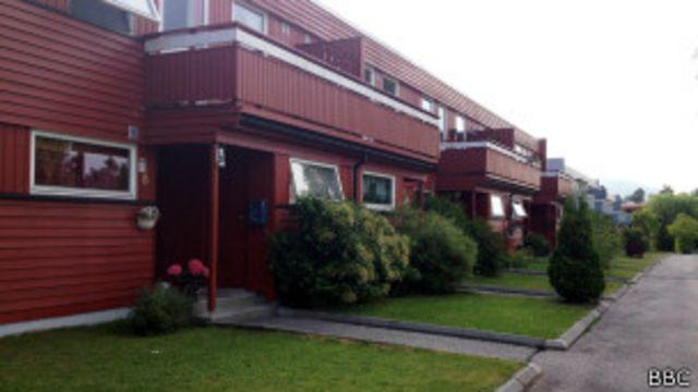 Complejo de casas donde vivió Bastián durante su infancia y adolescencia.
