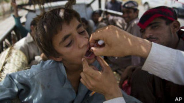 پاکستان میں انسدادِ پولیو کی مہم ایک عرصے سے جاری ہے لیکن اس کے باوجود اس وائرس کو مکمل طور پر ختم نہیں کیا جا سکا