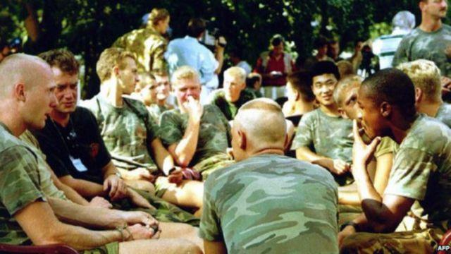 كتيبة حفظ السلام الهولندية كانت متمركزة في سربرينيتسا عام 1995