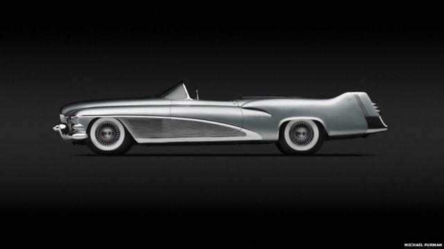 ၁၉၅၁ ခုနှစ်မှာ General Motors ကုမ္ပဏီနဲ့ Harley J. Earl တို့ ဒီဇိုင်းထုတ်ခဲ့တဲ့ Le Sabre XP-8။