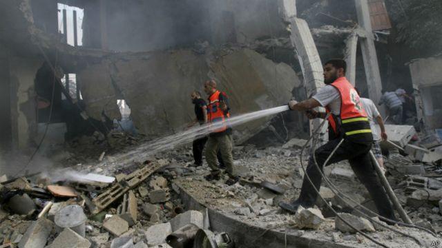 Пожарные в Газе