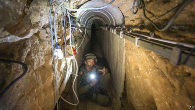 نتنياهو قال إنه لن يقبل هدنة لا تسمح باستكمال تدمير شبكة الأنفاق في غزة.
