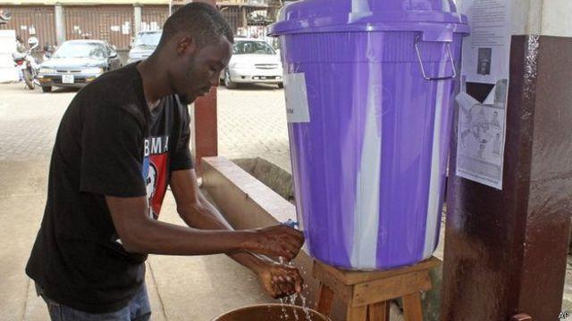 El control higiénico es crucial para impedir la propagación del vrus.