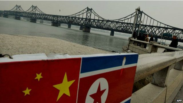 這對加拿大夫婦在中國靠近朝鮮的邊界地區丹東開咖啡館。