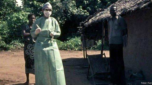 Piot descubrió el virus del Ébola en el Congo en 1976.