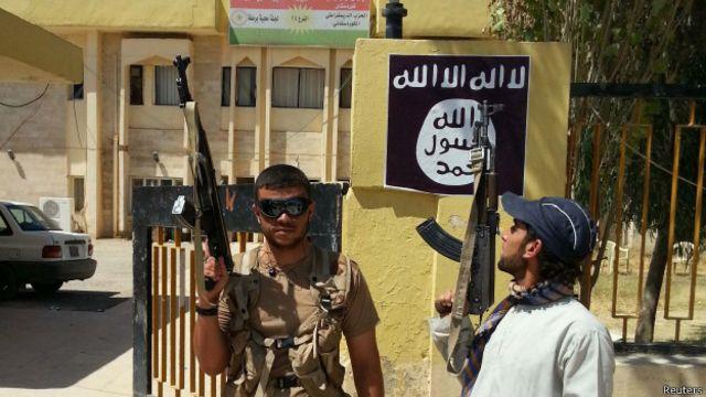 Militantes del EI en Irak