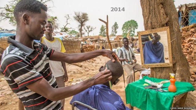 An yi kokarin tabbatar da zaman lafiya a 2011, amma aka gamu da cikas sakamakon dadadden zaman doya da manja tsakanin makiyaya Larabawa da kuma manoman bakar fata.