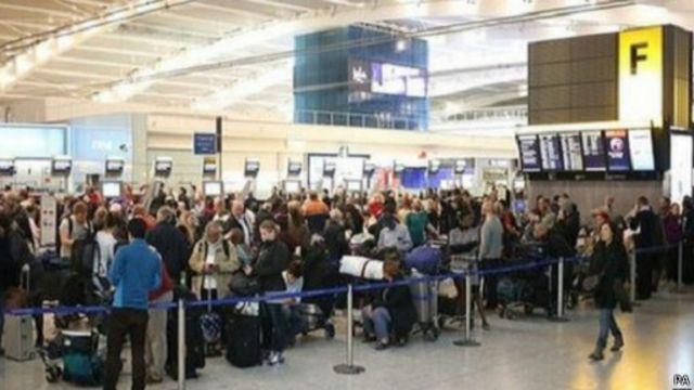 مسؤولون في مطار هيثرو يقولون إن يوم 27 يوليو/تموز سجل أكثر الأيام إقبالا من الركاب على المطار