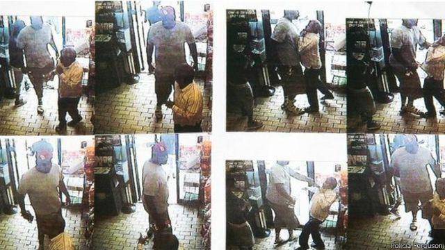 El video muestra a un joven robando.