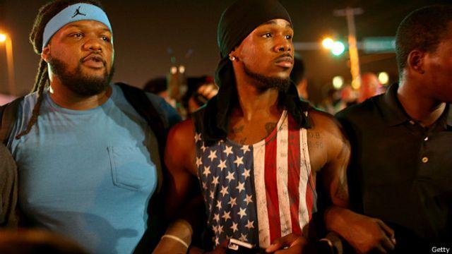 Manifestantes en Ferguson, Misuri