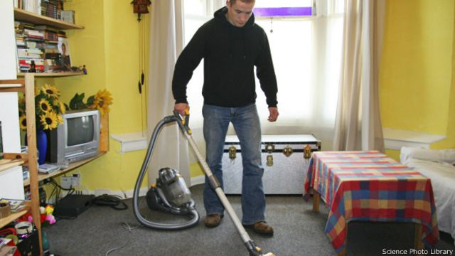Уборка с пылесосом