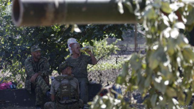 حقق المسلحون الموالون لروسيا في شرق أوكرانيا مكاسب خلال الأيام الأخيرة.