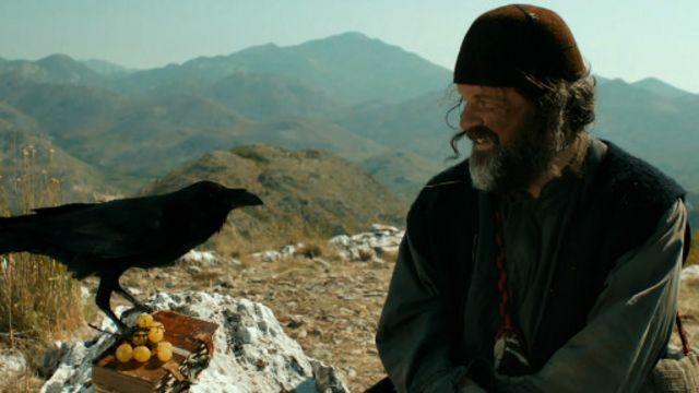: المخرج امير كوستاريتشا يؤدي دور راهب أرثوذكسي في فيلم حياتنا