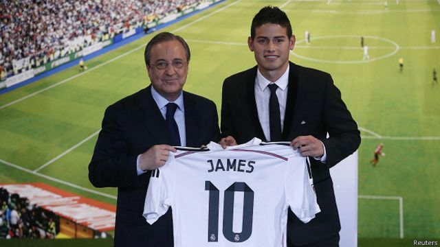 El presidente del Real Madrid, Florentino Pérez, ha fichado a varios jugadores de la cartera de Mendes, aunque también se ha negado en casos puntuales como fueron Helder Postiga y Falcao.
