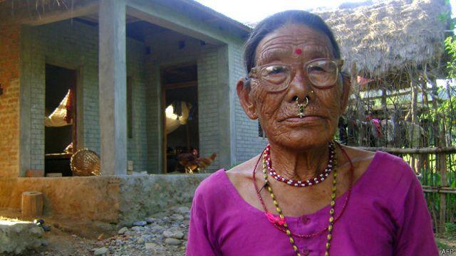 Gyani Maiya Sen, de 76 años