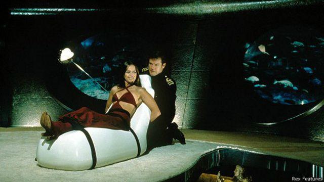 """Escena de la película de James Bond """"La espía que me amó"""""""