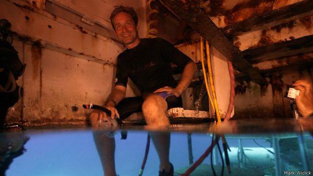 Fabien Cousteau en el vestíbulo húmedo