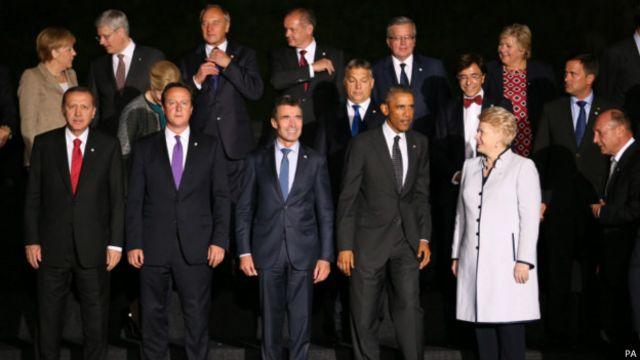 """أوباما قال إن زعماء دول الناتو  أبدوا، خلال قمتهم الأخيرة في المملكة المتحدة، استعدادهم للمشاركة في الحرب ضد """"الدولة الإسلامية""""."""
