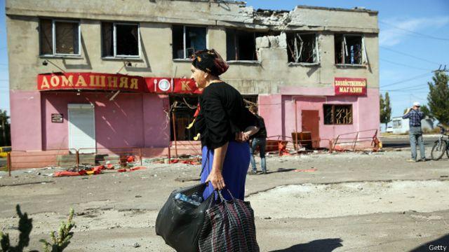 Разрушенный дом на востоке Украины