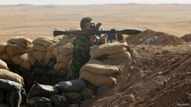 شنت القوات الكردية هجمات استهدفت مواقع يسيطر عليها مقاتلو الدولة الإسلامية شمالي العراق