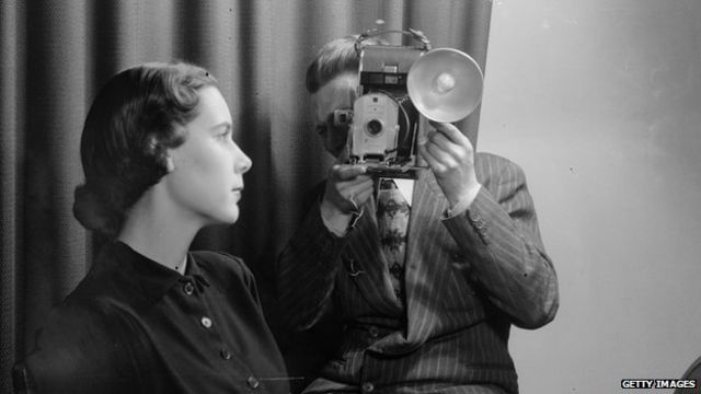 Polaroid fue un pionero con sus cámaras instantáneas, pero fue desplazado por la fotografía digital.