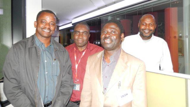 Ma'aikatan BBC da dama sun kalli shirin lokacin da aka kaddamar a talabijin. Iliya Djadi da Ahmed Abba Abdullahi da Issa Didier Kouame da kuma Ibrahim Isa.