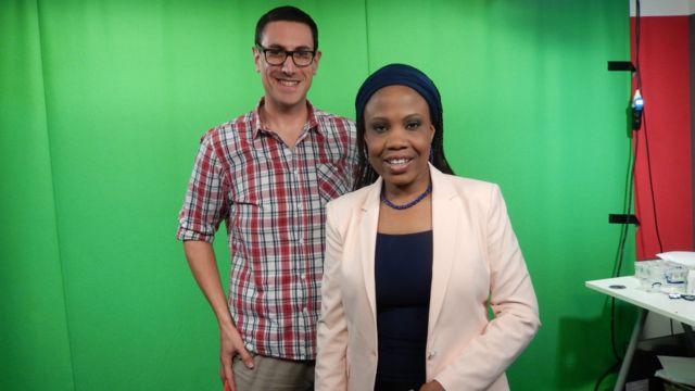 Mai bada umurni na shirin talabijin, Nick Barkley tare da mai gabatar da shirin talabijin na BBC Hausa, Aichatou Moussa.