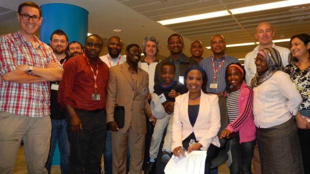 Ma'aikatan da dama sun yi murna bayan samun nasarar kaddamar da shirin talabijin na BBC Hausa.