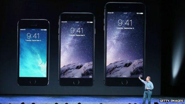 iPhone 6 dan dan iPhone 6 Plus mencatat rekor penjualan tertinggi.