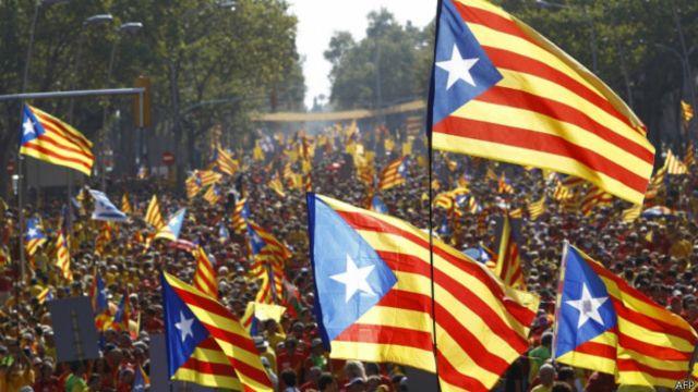 Những người Catalan ủng hộ việc độc lập cảm thấy được khích lệ về những gì đang diễn ra tại Scotland