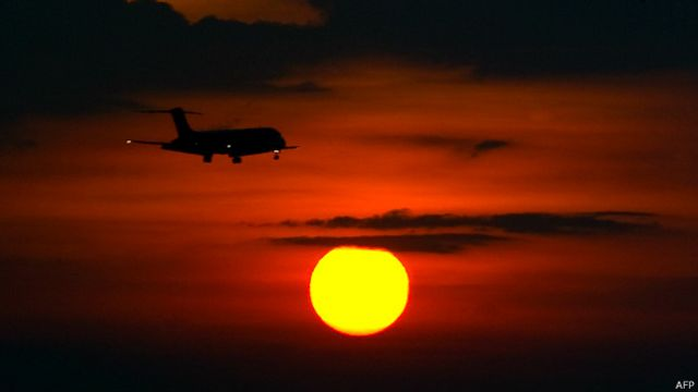 Avión aterrizando en Maiquetía