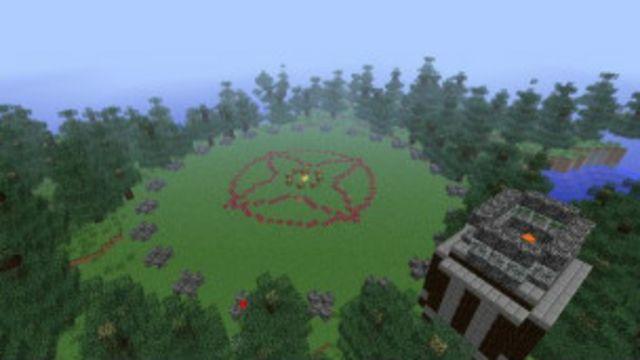 """Играя в Minecraft можно строить свое игровое поле, например такое, как было в """"Голодных играх""""."""
